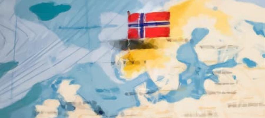 Bandera Noruega sobre el mapa del país